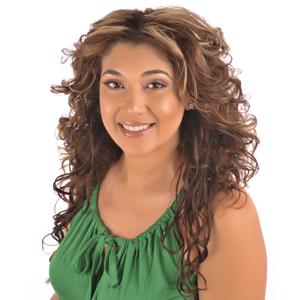 Brenna Figueroa headshot