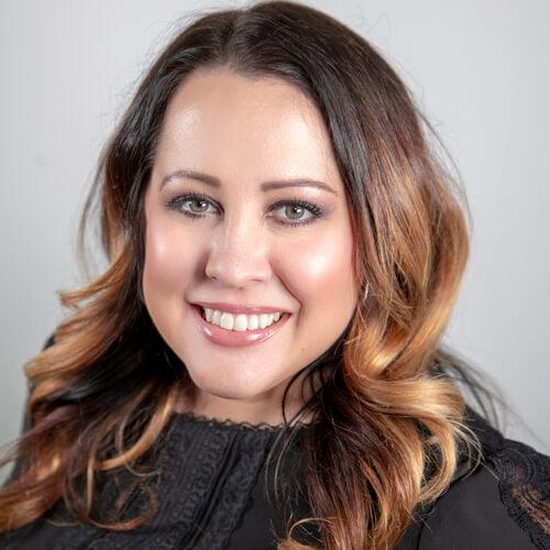 Maria Cox headshot